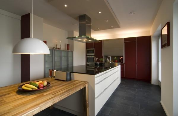Réorganisation et conception d'une cuisine contemporaine ET fonctionnelle.